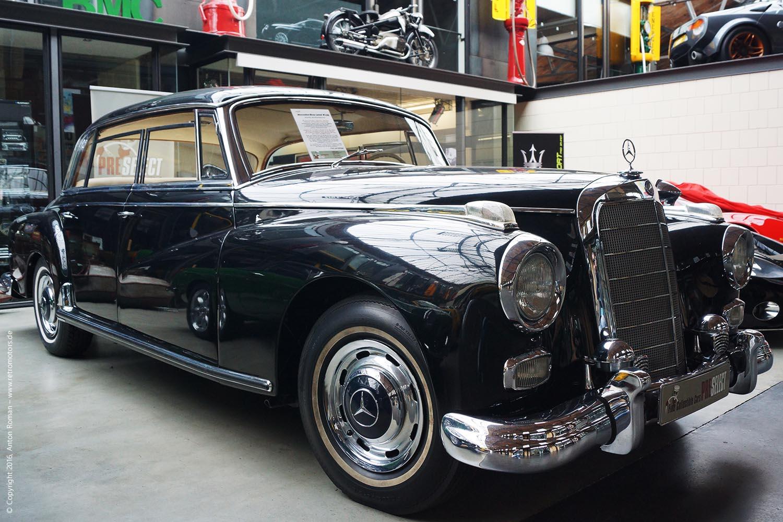 1958 Mercedes-Benz 300D (W189)