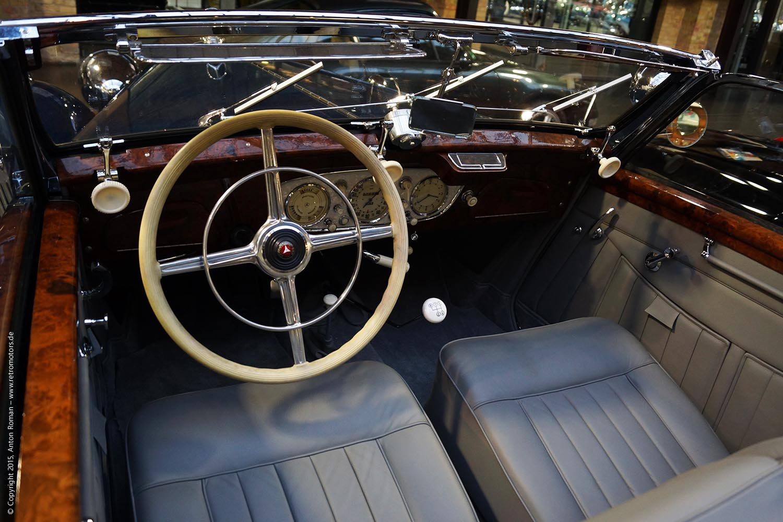 1938 Mercedes-Benz 320 Cabriolet A (W142)