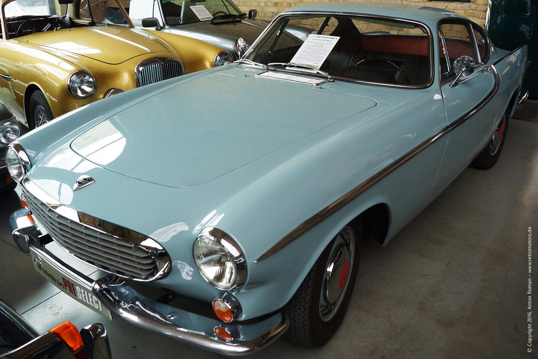 1964 Volvo P1800S
