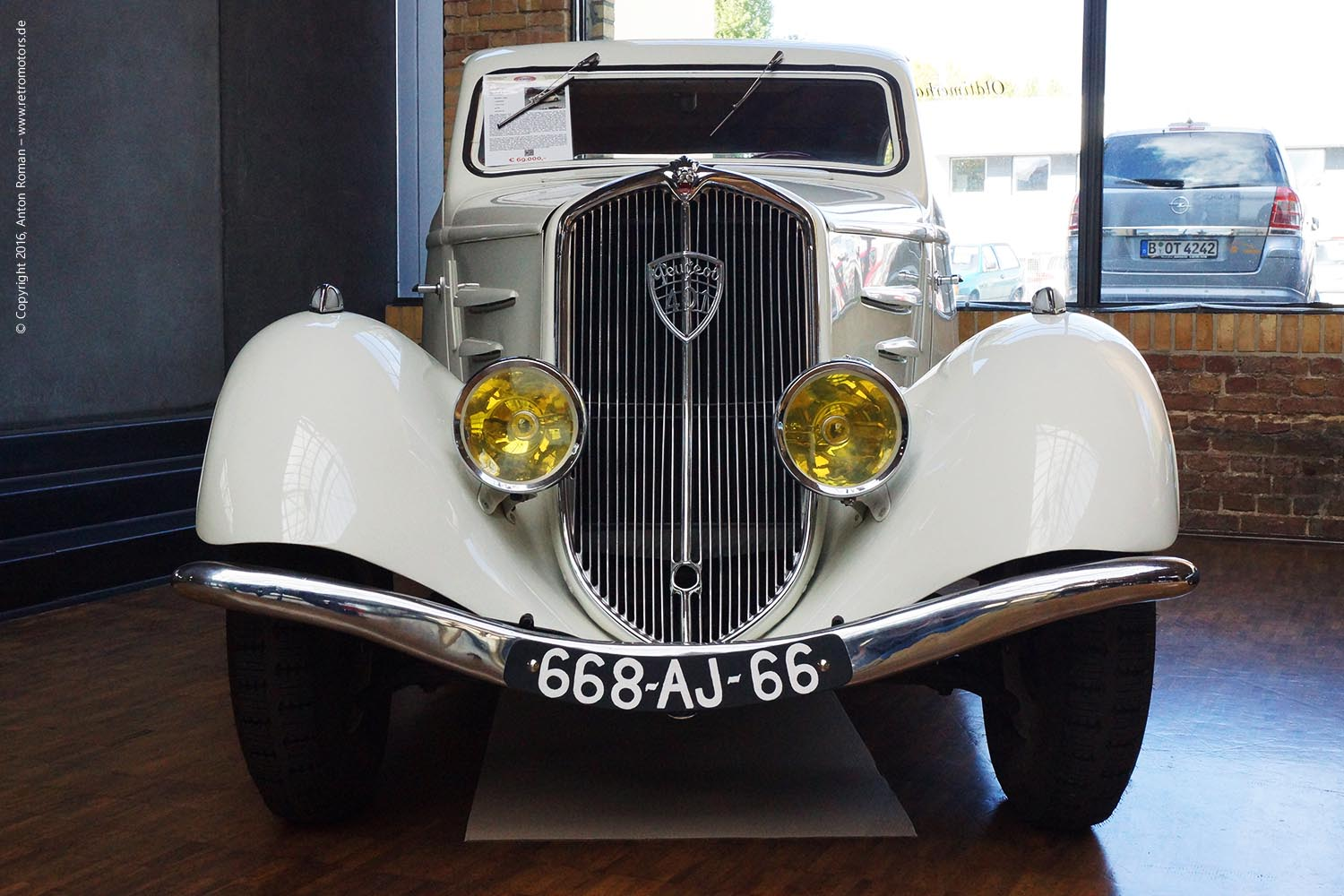 1935 Peugeot 401D Coach Coupe