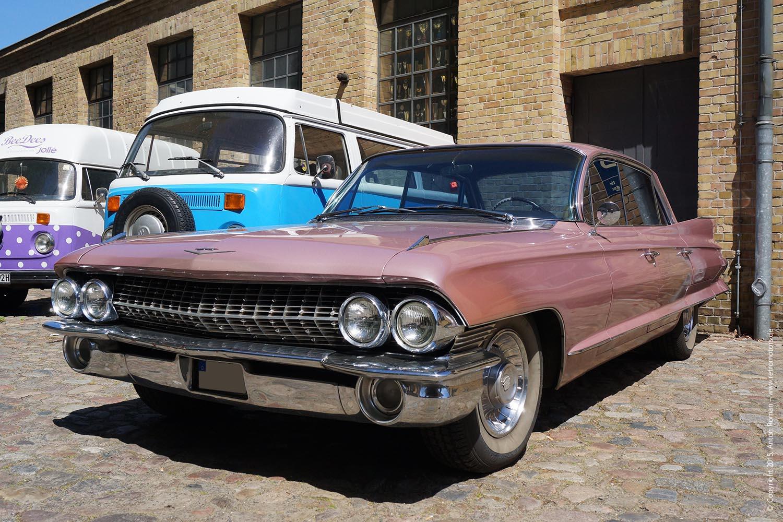1961 Cadillac Sedan Deville Retromotors Wir Lieben Autos